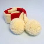 犬用手編みマフラー(ホワイトボンボン)-Sサイズ 【Scubed】
